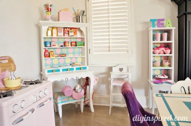 DIY Play Kitchen Hutch