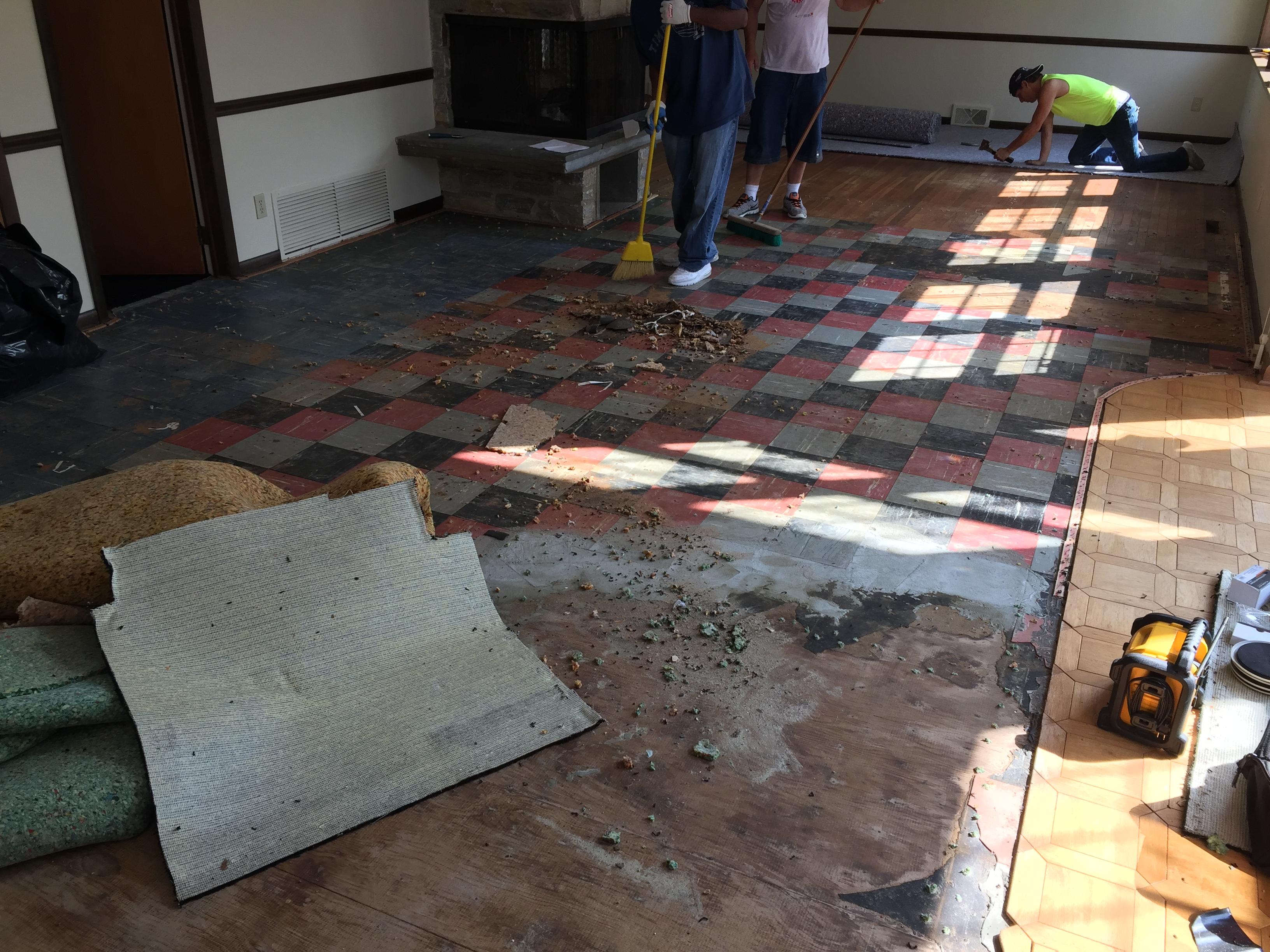 Installing carpet Montco